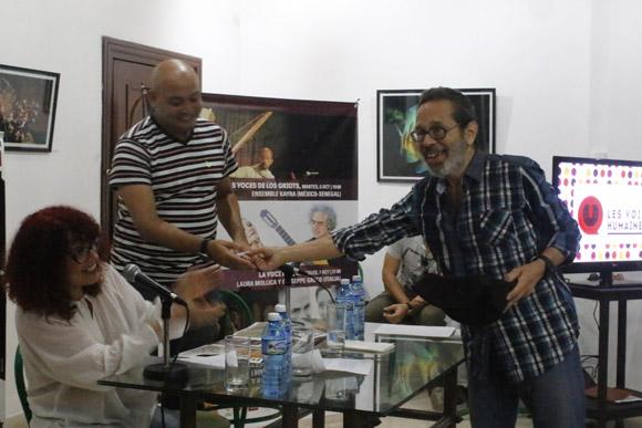 El orden de presentación los concursantes en los certámenes de contratenores (con 9 participantes) y de agrupaciones de música a capela (con 18 participantes), fue sorteado en el encuentro con la prensa. Foto: Cubadebate.