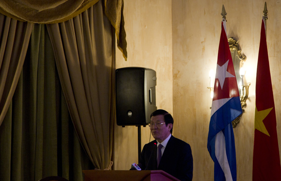 Declaraciones del presidente Truong Tan Sang durante el Forum Empresarial Cuba-Vietnam. Foto: Ladyrene Pérez/ Cubadebate.