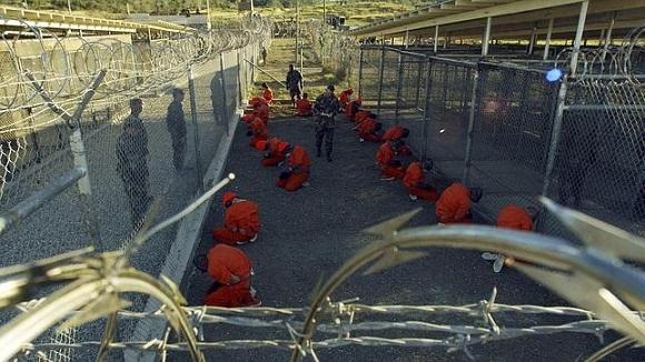 Los prisioneros de la cárcel, ubicada en la ilegal base Naval de Guantánamo. Foto: Archivo.