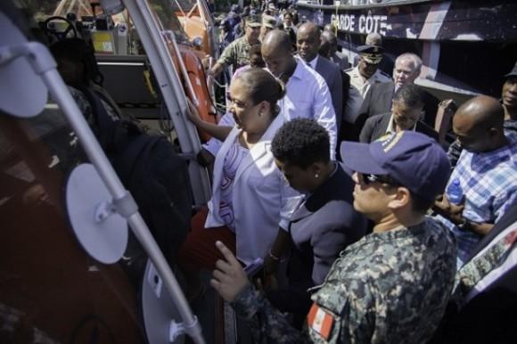 """Ricardo García Nápoles, embajador cubano en Puerto Príncipe, dijo que """"recibió la invitación con mucho gusto"""". Para el diplomático ésta fue una """"visita histórica en el contexto de la reanudación de las relaciones diplomáticas entre Cuba y Estados Unidos."""" Foto: AFP"""