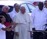 El Papa escucha coro de niños en Santiago de Cuba Foto: Twitter.