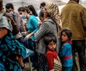 Recibe Croacia ocho mil 500 refugiados en un día