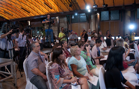 Inauguran centros de prensa para cobertura a visita papal. Foto: Ladyrene Pérez/ Cubadebate.