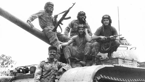 Tropas cubanas en Angola.