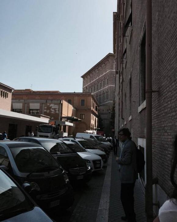 Al fondo, las habitaciones que tradicionalmente habitaron los Papa, pero  donde no vive Francisco . Foto: Rosa Miriam Elizalde/ Cubadebate