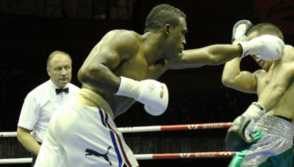 Arlen López. Foto: Tomada de www.worldseriesboxing.com