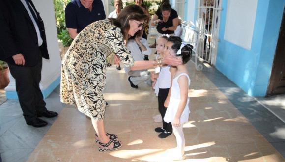 Carolina de Mónaco a su llegada al BNC. Foto: Nancy Reyes.