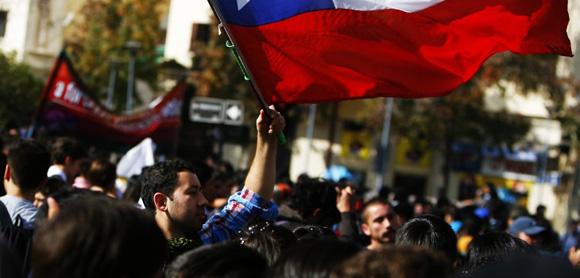 Los estudiantes chilenos han marchado varias veces con objetivos similares. Foto. Agencia Uno