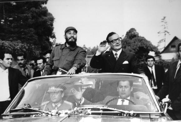 Fidel y Allende durante la visita a Chile en 1971. Al volante Patán. Foto: Cortesía del Entrevistado