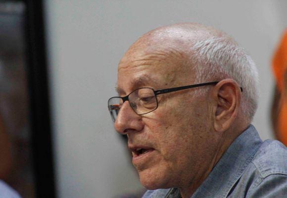 Gilbert Brownstone , curador de la exposición. Foto: José Raúl Concepción/Cubadebate
