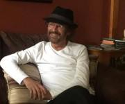 """Josean Ramos. Escritor y periodista puertorriqueño, autor de varios libros, entre éstos, """"Vengo a decirle adiós a los muchachos""""."""