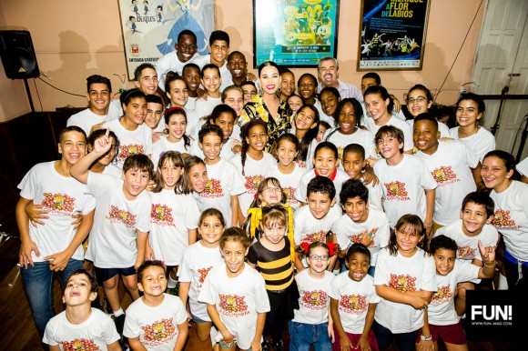 Katy Perry con La Colmenita en La Habana. Katy Perry con La Colmenita