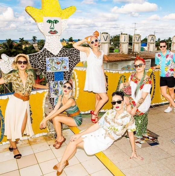 Katy Perry en Cuba en Jaimanitas, En los predios del pintor José Fúster. Foto: Cuenta de Instagram de la cantante