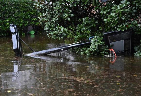 Las torrenciales lluvias causan inundaciones en el sureste de Estados Unidos. Foto: Shaune Fraser.