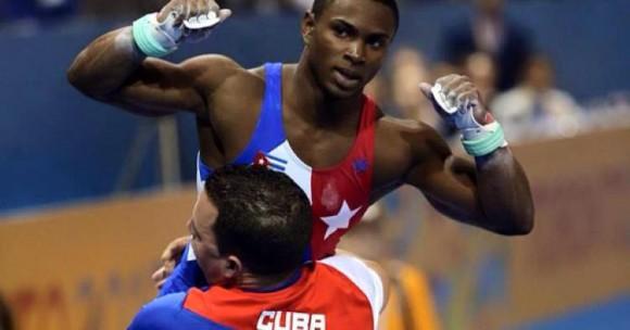 Manrique celebra la plata mundial