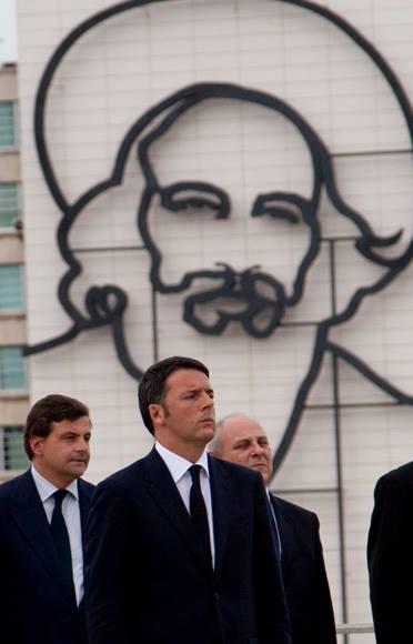 El Primer Ministro italiano, Matteo Renzi, en la Plaza de la Revolución. Foto: Ismael Francisco/Cubadebate