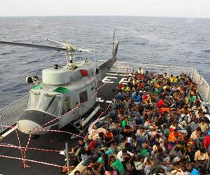 Migrantes rescatados en el Mediterraneo. Foto: AFP
