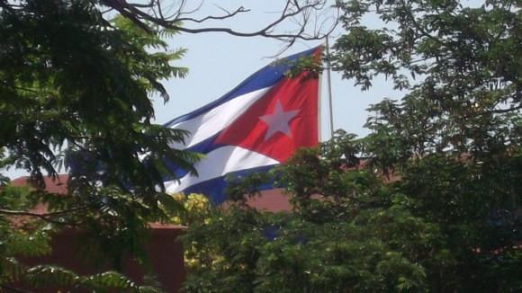Nuestra bandera. Foto: Elio Rafael Hidalgo Batista Profesor de la Universidad de Holguín / Cubadebate
