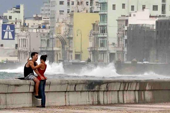 Penetraciones del mar en el Malecón de La Habana2