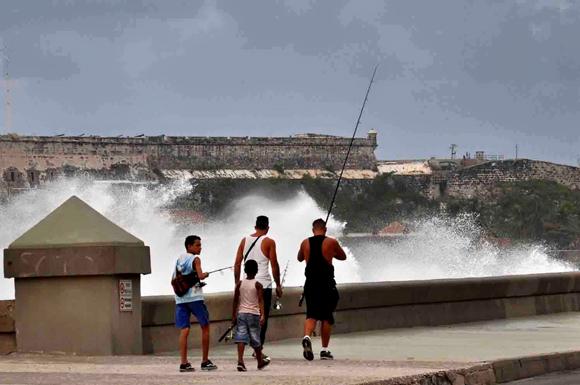 Penetraciones del mar en el Malecón de La Habana4