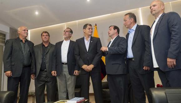 Rafael Correa-Cinco Héroes