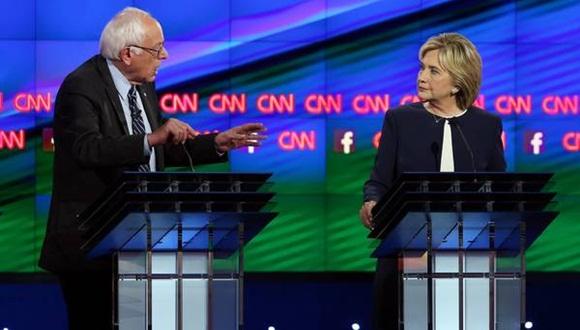Sander y Hillary durante el debate demócrata. Foto: Clarín.