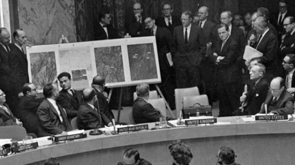 Debate en la ONU durante la crisis de Octubre. Foto: Archivo