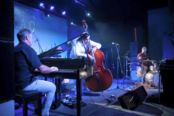 Hernán López-Nussa y Gastón Joya entre los músicos que tocaron el el Havana Classical Rave. Foto: Tomada del sitio de Facebook del Festival Les Voix Humaines.