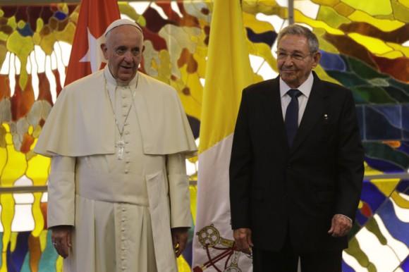 Visita de cortesía al Presidente Raúl Castro, en el Palacio de la Revolución.  Foto: Ismael Francisco/ Cubadebate