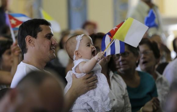 Bienvenido Francisco. a Santiago de Cuba. Foto: Ismael Francisco/ Cubadebate
