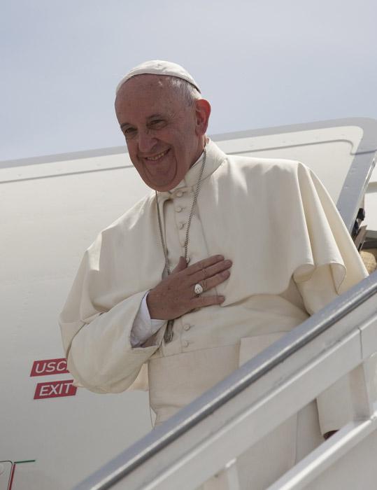 El Papa Francisco se despide de Cuba. Foto: Ismael Francisco/ Cubadebate