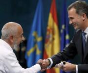 Leonardo Padura recibe Premio Princesa de Asturias.