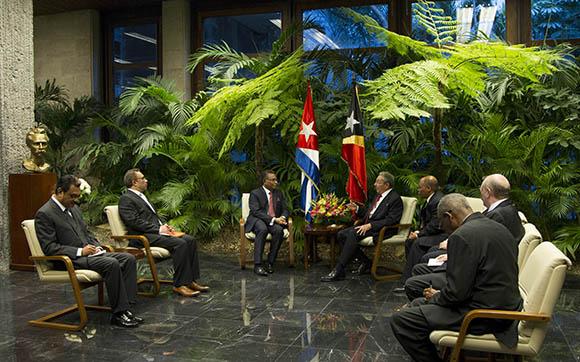 Conversaciones Oficiales entre  Raul Castro, presidente de Cuba y el  primer ministro de Timor-Leste, Rui María de Araujo. Foto: Ismael Francisco/Cubadebate