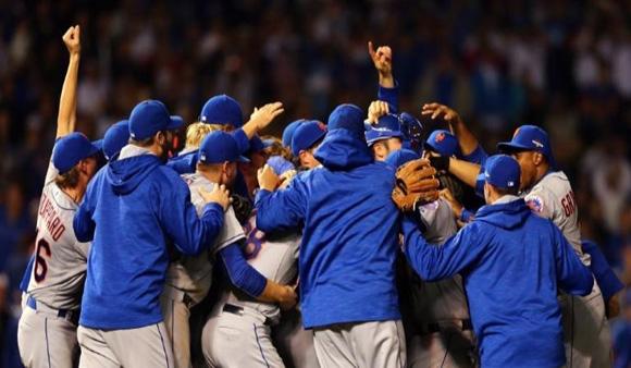 Por primera vez en 15 años llegan los Mets de Nueva York a la Final de las Grandes Ligas. Foto: AFP.