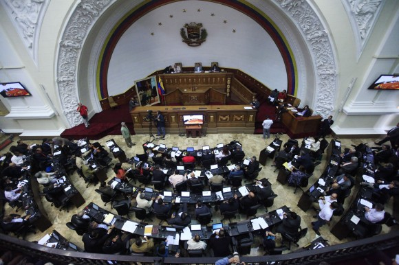 Más de 19 millones de ciudadanos están convocados a elegir a 167 candidatos a diputados. Foto tomada de hoyvenezuela.info