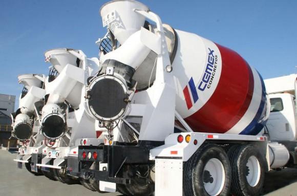 Vehículo perteneciente a la compañía CEMEX. Foto tomada de expoknews.com