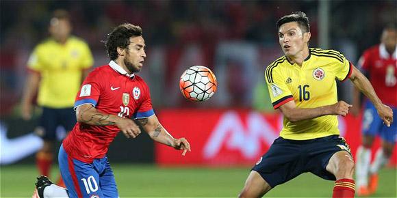 Chile y Colombia empataron a uno en la tercera fecha de las eliminatorias sudamericanas rumbo a Rusia 2018. Foto: AP.