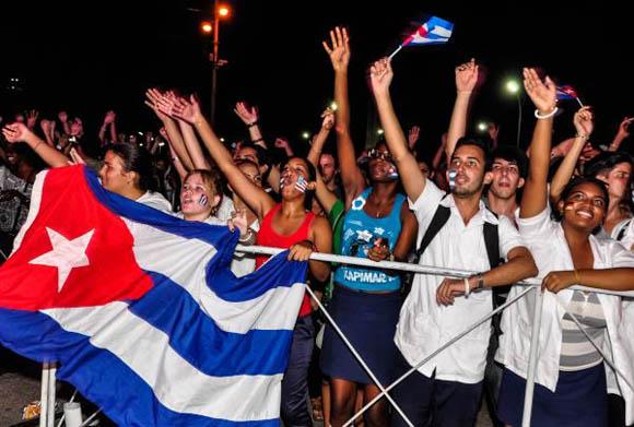 Concierto Juventud Unida por la Paz, por el dúo Buena Fe. Foto: Marcelino Vázquez Hernández.