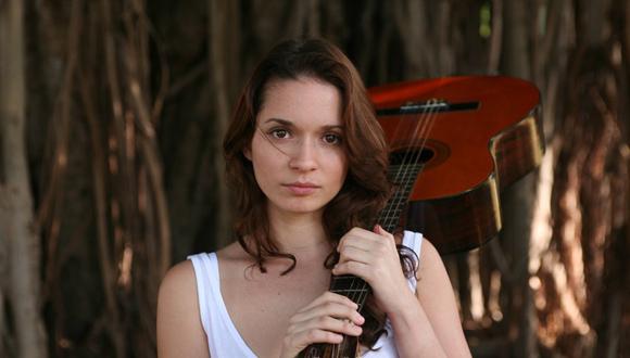 Diana Fuentes dará un concierto en la Sala Avellaneda del Teatro Nacional de Cuba el próximo día 11 de diciembre.