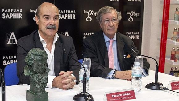 El presidente de la Academia de las Artes y Ciencias Cinematográficas de España, Antonio Resines (izq), acompañado por el Director General de la Academia de Cine, Porfirio Enríquez. Foto: EFE