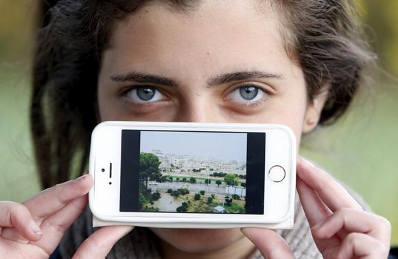 Haya de Artoz, Siria: una foto de su ciudad. Foto: Srdjan Zivulovic/ Reuters.