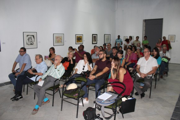 Público presente en la presentación, realizada en el Centro de Arte Contemporáneo Wifredo Lam. Foto: José Raúl Concepción/Cubadebate.