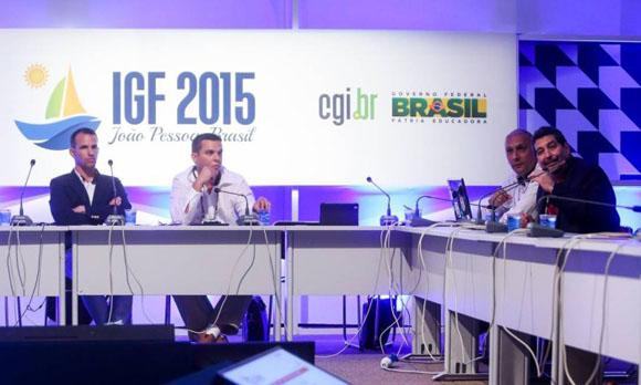 Mesa de debate del Foro ONU sobre Gobernanza de Internet con presencia de Cuba. Foto: Divulgação/Ricardo Matsukawa