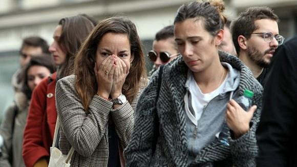 Miles de franceses han salido a las calles a expresarles su solidaridad a las víctimas. Foto: PA