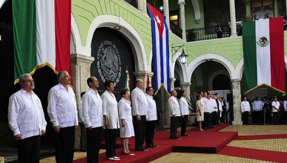 Recibe México a presidente de Cuba con los brazos abiertos