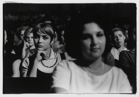Sesiones del Congreso de Mujeres de Cuba en una foto de Agnès Varda.