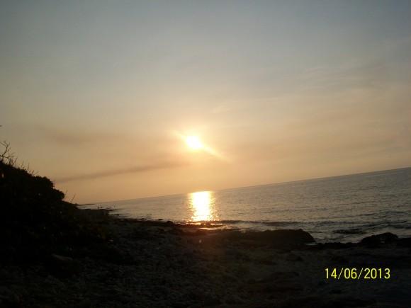 Vista al mar en Santa Cruz del Norte,atardecer. Foto / Noel