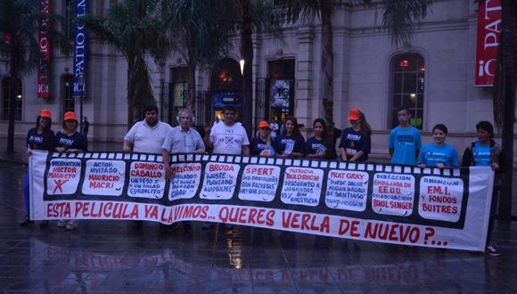 Argentinos expresan su voluntad política de forma creativa.