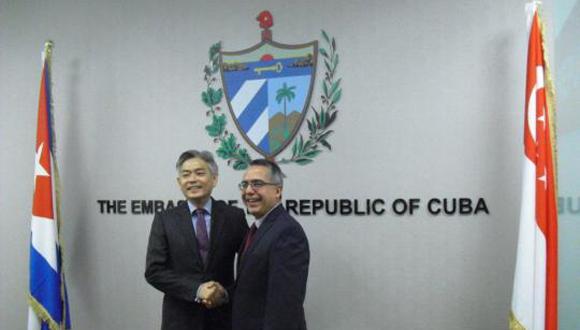 Apertura de la embajada de Cuba en Singapur.
