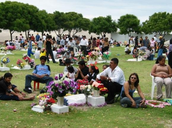 Pese a las celebraciones, este día siempre viene acompañado de nostalgia por los seres queridos que partieron primero.